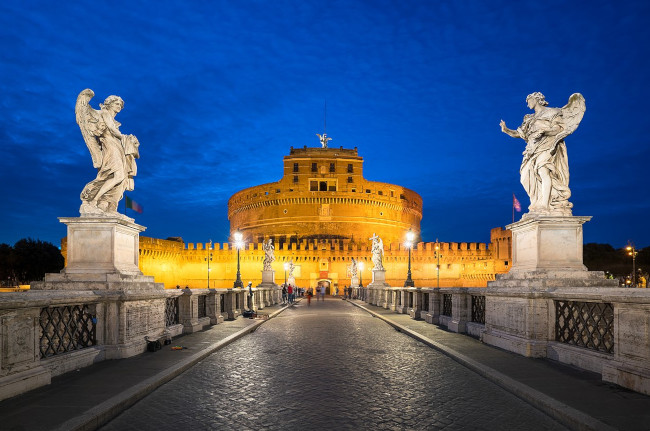 Castel Sant' Angelo, The Bridge